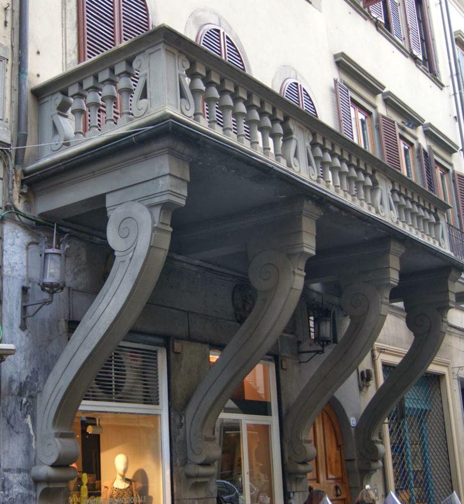 balcone-rovesciato-curiosità-firenze