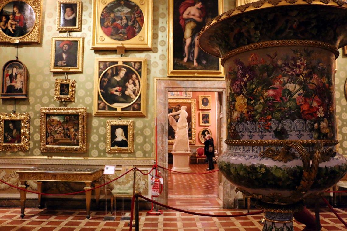 la quadreria della galleria palatina a palazzo pitti -dettaglio